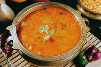 Sambar (Gemüse in Sambar-Suppe)